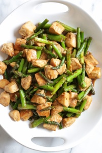 Chicken Asparagus Stir-Fry in Light Teritaki Sauce