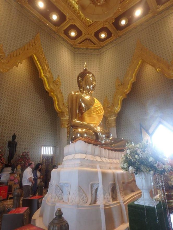 gold buddha 2