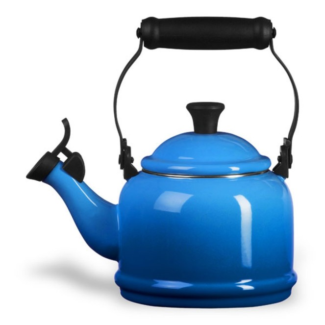 Christmas kettle